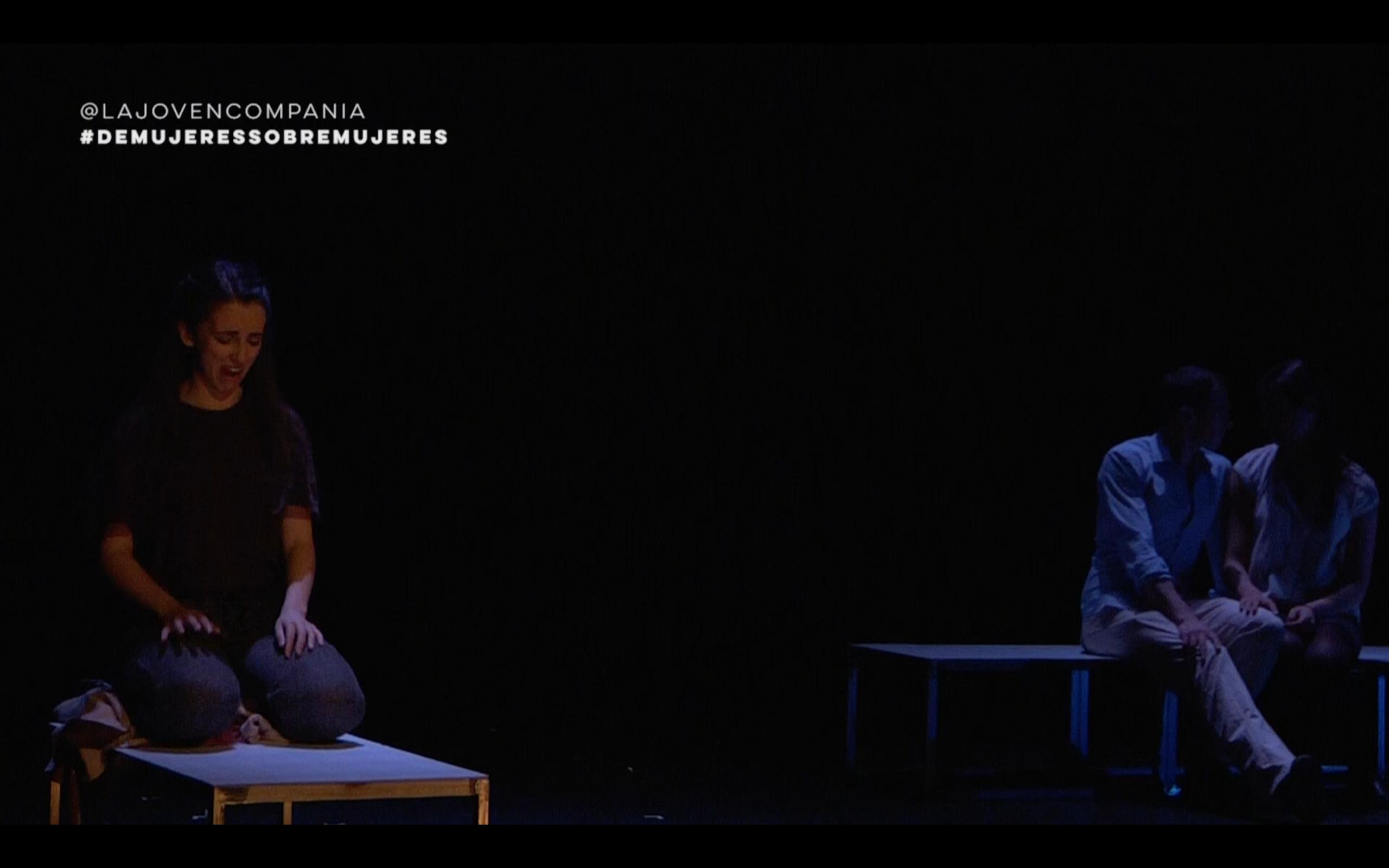 Escenografía: Lydia Garvín, Emma Pascual. De mujeres para mujeres.